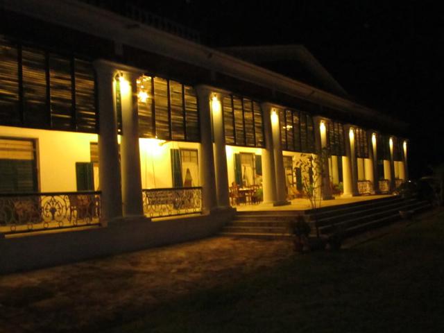 Balakhana by night